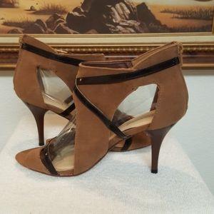 Shoe Dazzle Suede Heels